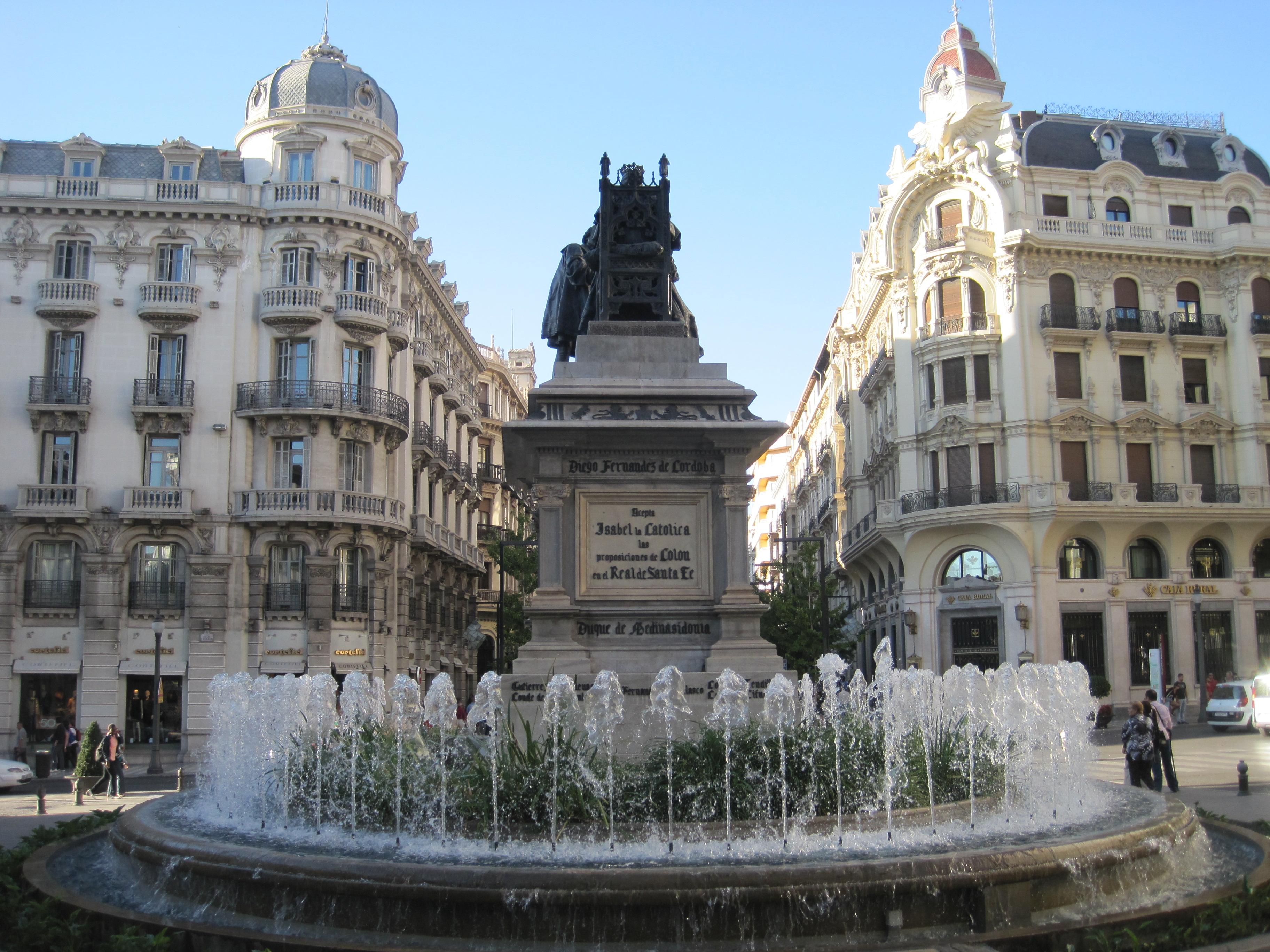 Granada a stroll through town spain for pleasure - Parking plaza puerta real en granada ...