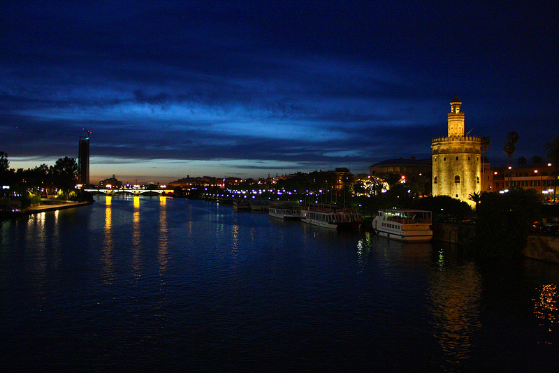 Seville Spain bridge torre del oro, giralda